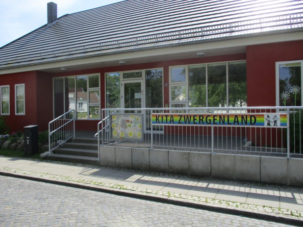 Haus_Vorderfront_Wiek